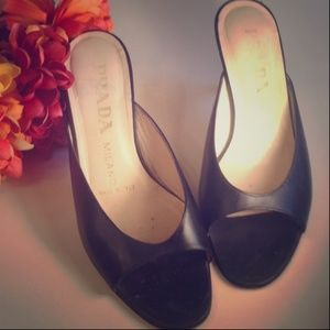 Prada Milano Vero Cuoio Leather Black Heels